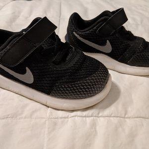 Nike toddler free en shoes